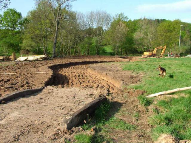 Chemin en construction Parc médiéval