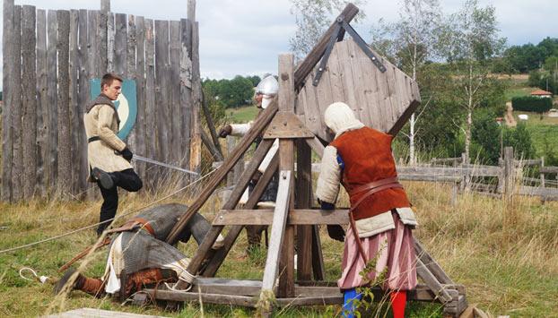 Arme de guerre médiéval