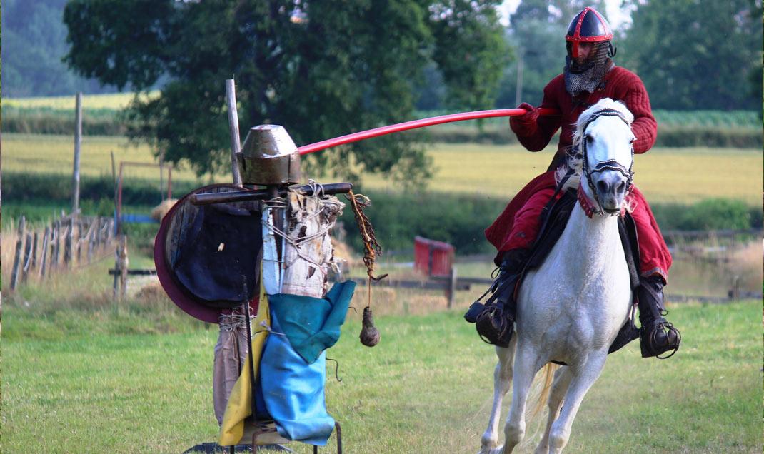 Démonstration de tournoi à cheval